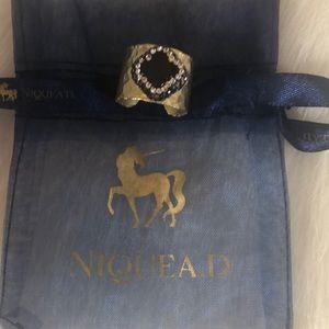 Niquead gold plate black rhinestone ring